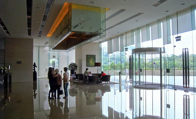 Hyatt Regency Hong Kong Sha Tin lobby